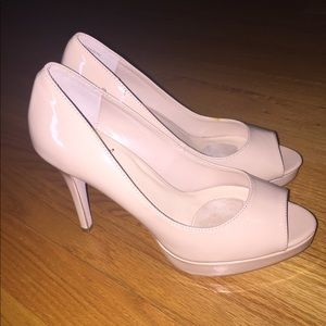 Shoedazzle heels size 8 never worn!